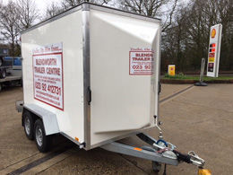 Trailers for hire, refrigerated trailer hire